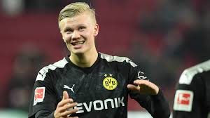Erling Haaland, 19 ans, 31 buts 23 matches